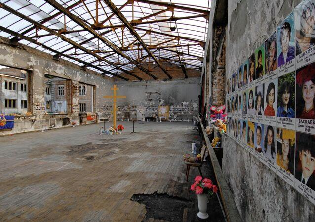 Scuola N 1 a Beslan