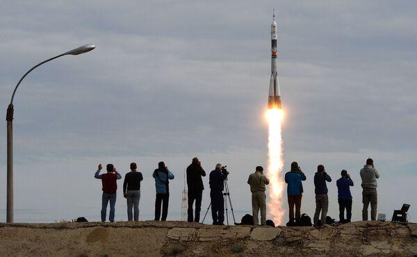 Il lancio della Soyuz TMA-18M dal cosmodromo di Bajkonur. - Sputnik Italia