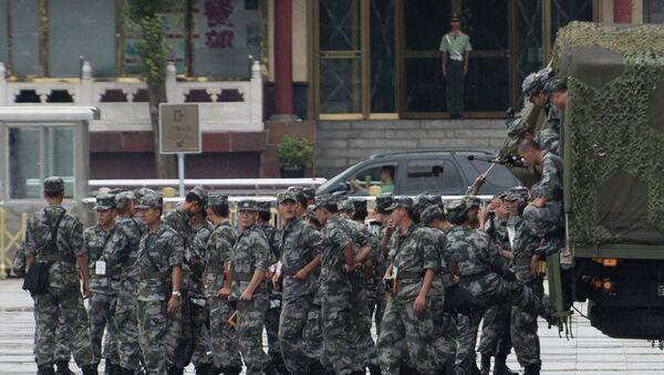 Soldati cinesi prima della parata militare a Pechino - Sputnik Italia