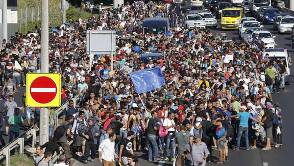 Migranti a Budapest - Sputnik Italia