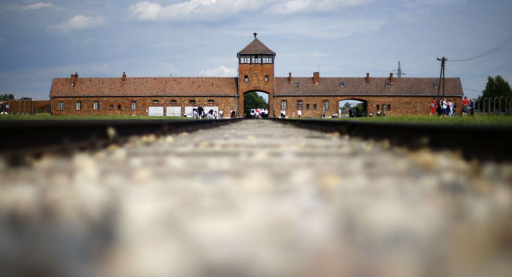 Lager di Auschwitz (foto d'archivio)