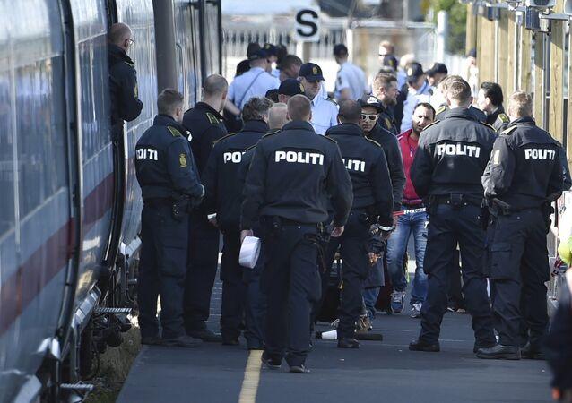 Danimarca, la polizia controlla i treni con i migranti provenienti dalla Germania