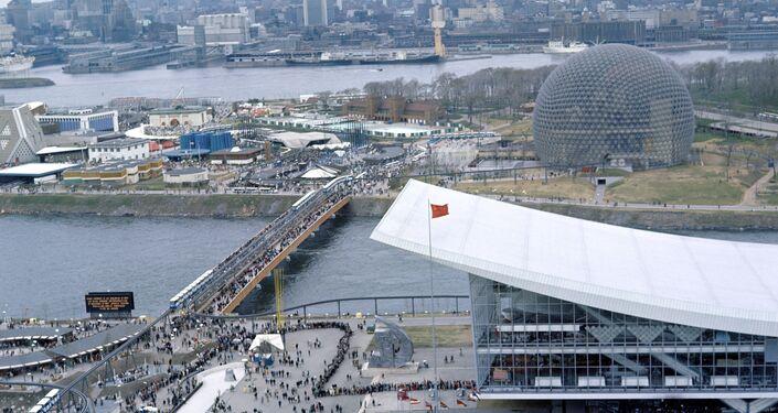 Veduta dall'alto del padiglione dell'URSS all'Esposizione Universale del 1967 a Montreal.
