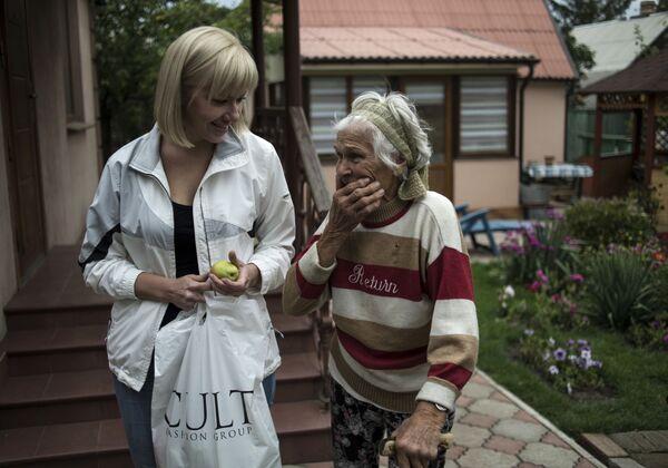 I volontari a Donetsk - Sputnik Italia