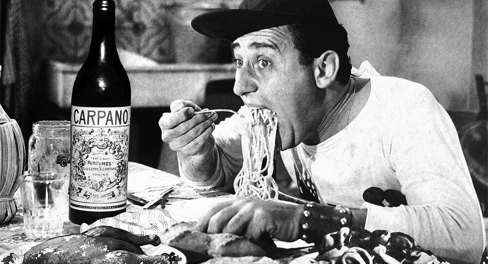 Alberto Sordi nel film Un americano a Roma