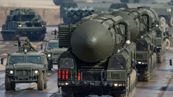 Il Topol'-M è un missile balistico intercontinentale di progettazione e costruzione russa. - Sputnik Italia