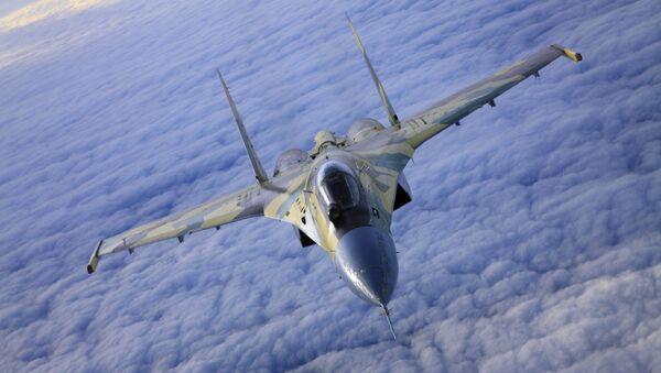 Il caccia Su-35 in volo. - Sputnik Italia