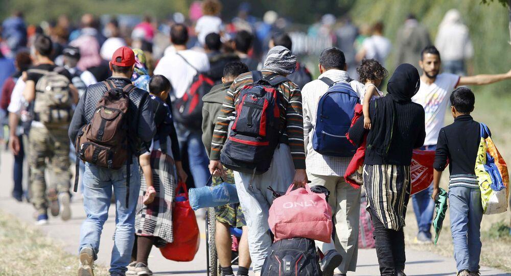 Profughi nei Balcani verso la UE (foto d'archivio)