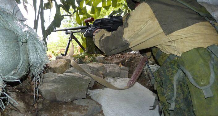 Un militare a Donetsk