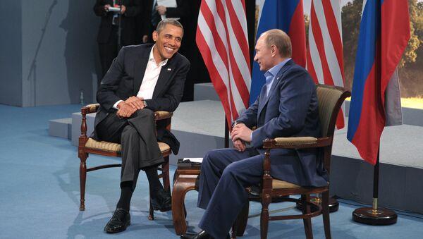 Russian President Vladimir Putin, right, and U.S. President Barack Obama - Sputnik Italia
