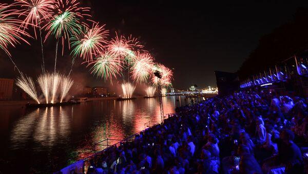 La cerimonia dell'apertura del Festival internazionale di Mosca Cerchio di luce nel 2015. - Sputnik Italia
