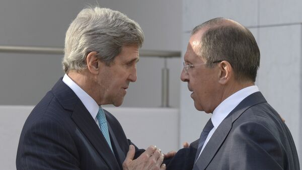 Sergey Lavrov e John Kerry - Sputnik Italia