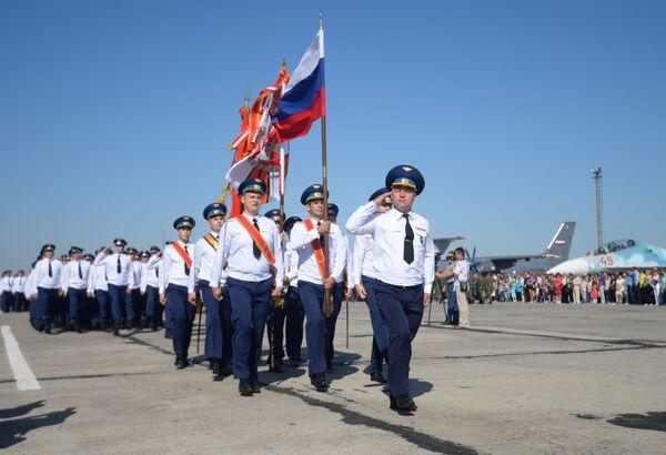 Spettacolo nei cieli con i Cavalieri Russi - Sputnik Italia