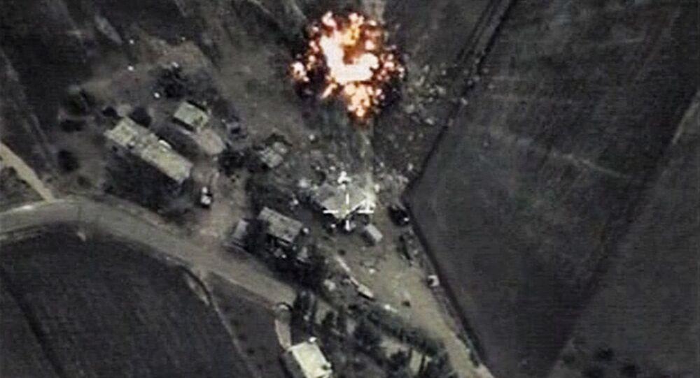 Raid aereo russo contro Daesh in Siria