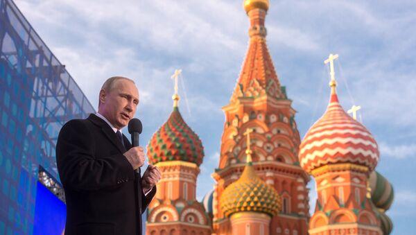 Putin al congresso-comizio Un anno insieme Russia-Crimea - Sputnik Italia
