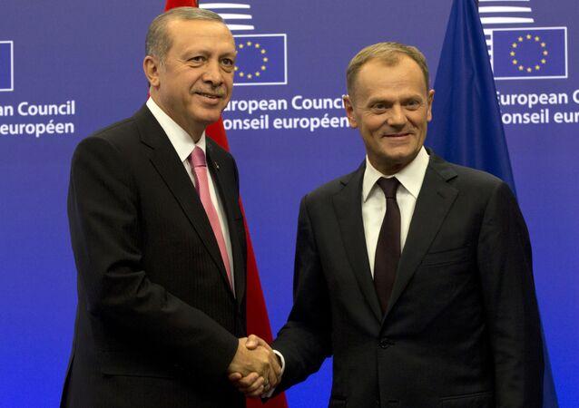 Recep Tayyip Erdogan e Donald Tusk (Turchia - UE)