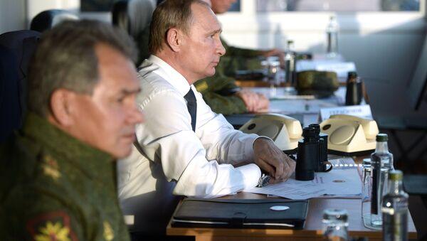Putin e Shoigu - Sputnik Italia