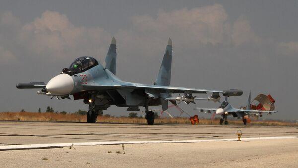 2 caccia russi Su-30 in Siria - Sputnik Italia