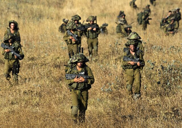Soldati israeliani sulle Alture del Golan (foto d'archivio)