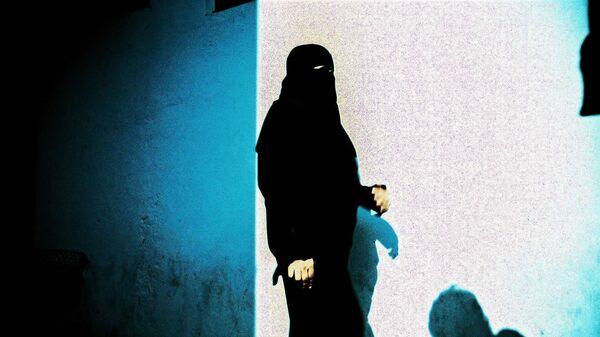 Una donna musulmana - Sputnik Italia