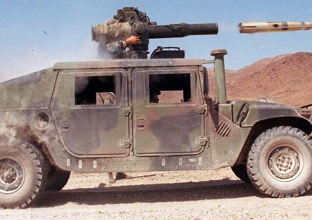 Lancio di un missile TOW da un HMMWV dell'US Army