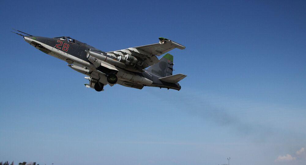 Caccia Su-25 in Siria (foto d'archivio)