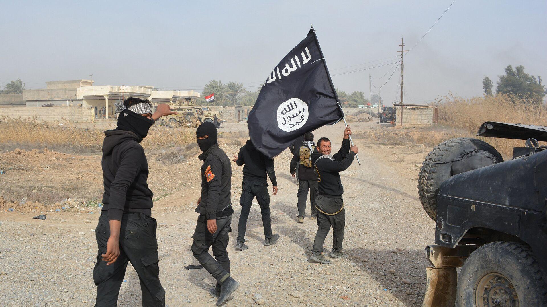 Combattenti ISIS in Iraq  - Sputnik Italia, 1920, 07.09.2021