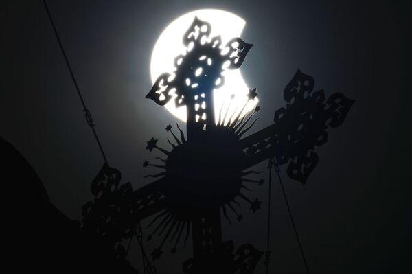 La fase di culmine dell'eclisse solare. - Sputnik Italia