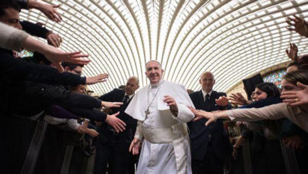 Papa Francesco ad un'udienza. - Sputnik Italia