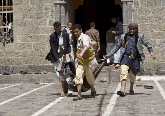 L`attacco terroristico alla moschea di Sanaa, la capitale dello Yemen