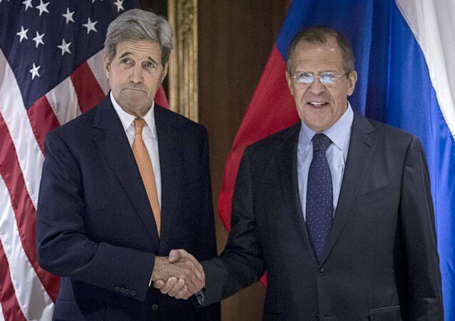 John Kerry e Sergey Lavrov a Vienna