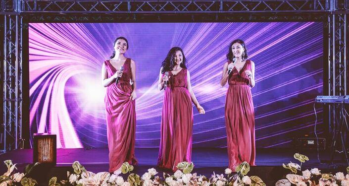 Un momento del concerto nella giornata nazionale del Kazakhstan il 27 giugno 2015