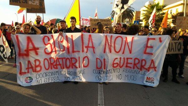 Manifestazione No guerra No Nato - Sputnik Italia