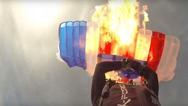 Paracadute - Sputnik Italia