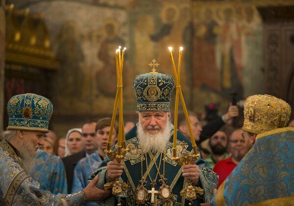 Il Patriarca Kirill durante la cerimonia nella cattedrale della Dormizione sulla piazza delle Cattedrali al Cremlino di Mosca alla Giornata dell'Unità nazionale, il 4 novembre. - Sputnik Italia