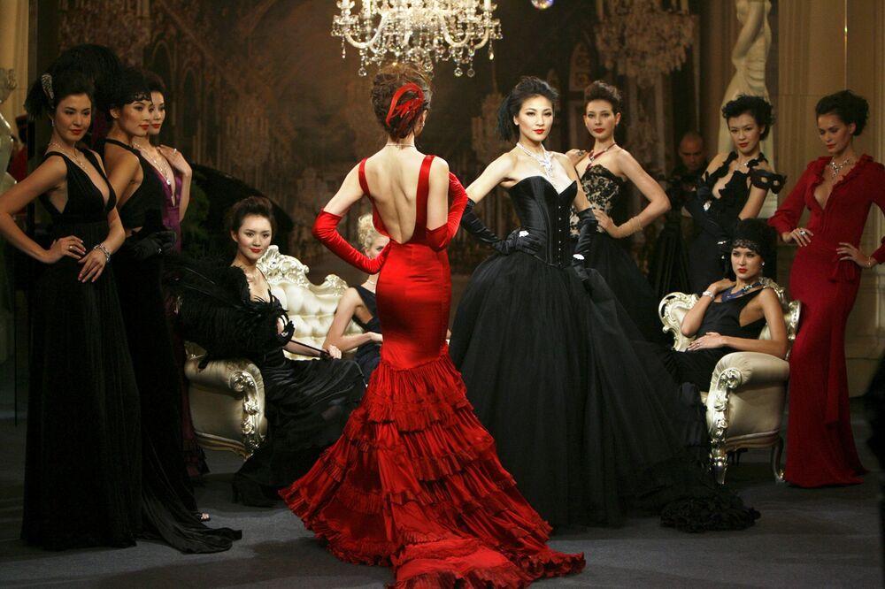 Le modelle presentato la gioielleria di Cartier High Jewellery durante una cena privata a Shanghai.