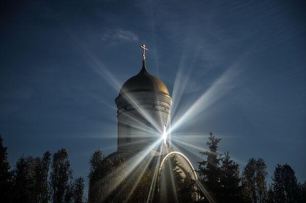 Il Tempio di San Giorgio alla Collina Poklonnaja, Mosca. - Sputnik Italia