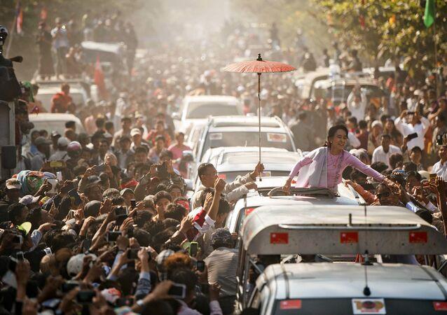 Il leader dell'opposizione birmana Aung San Suu Kyi