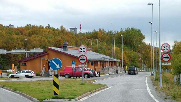 Valico di frontiera russo-norvegese di Storskog - Sputnik Italia