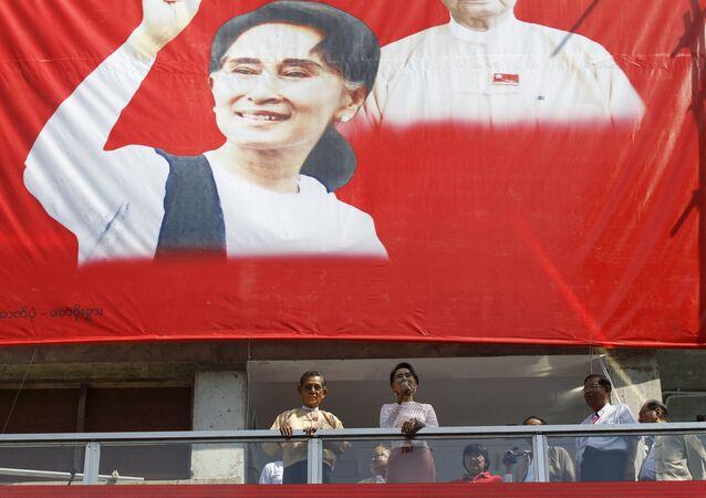 Aung San Suu Kyi, leader della Lega Nazionale per la Democrazia, Birmania
