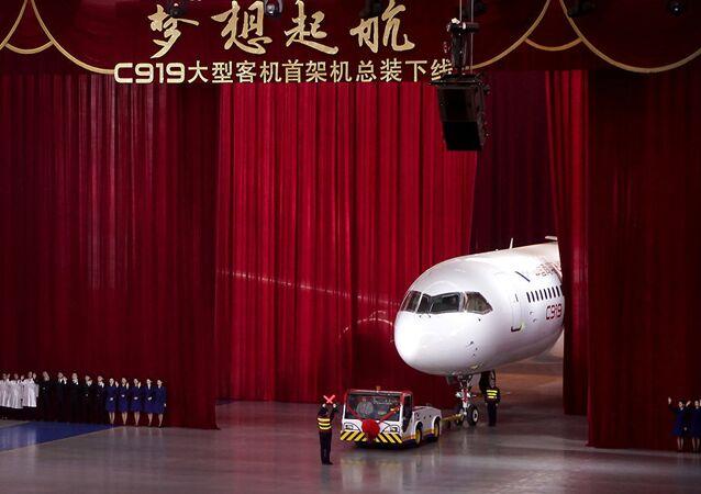 La presentazione del C919 cinese