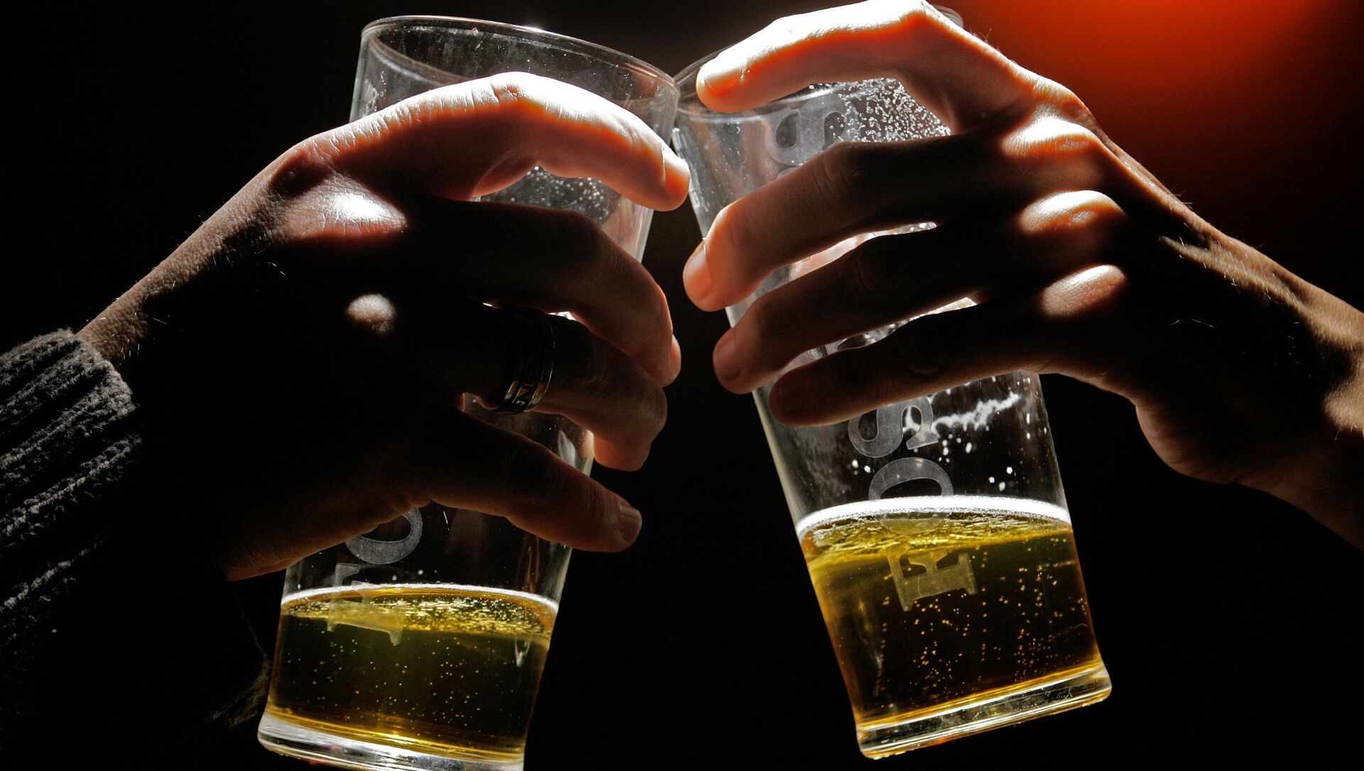 Due pinte di birra - Sputnik Italia, 1920, 27.03.2021