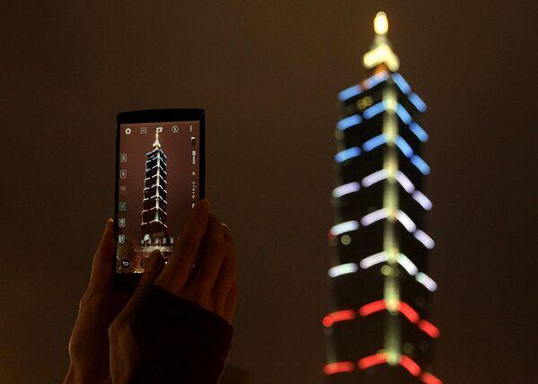 Taipei 101, il quarto grattacielo più alto del mondo, Taiwan. - Sputnik Italia