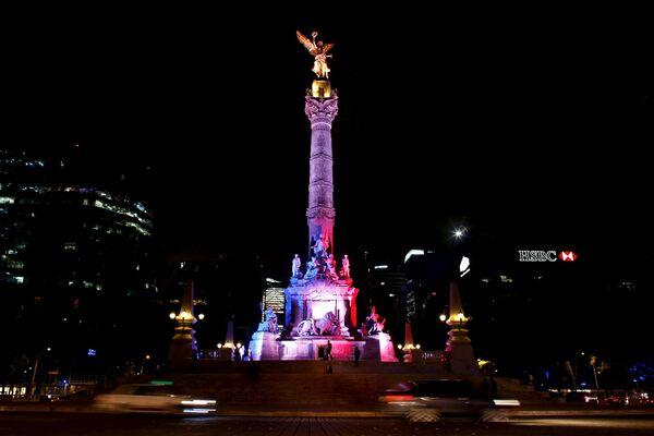 La Colonna dell'indipendenza a Città del Messico. - Sputnik Italia