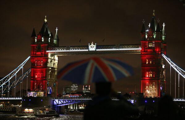 Il Tower Bridge di Londra. - Sputnik Italia