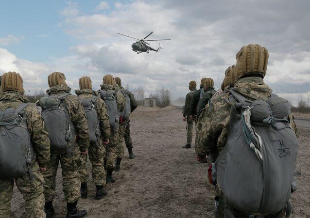 Soldati dell'esercito ucraino