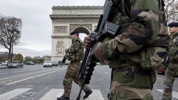 Parigi dopo gli attentati - Sputnik Italia