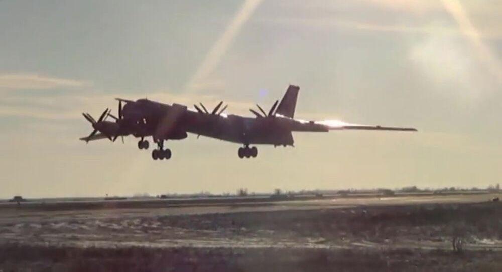 Bombardiere strategico Тu-95