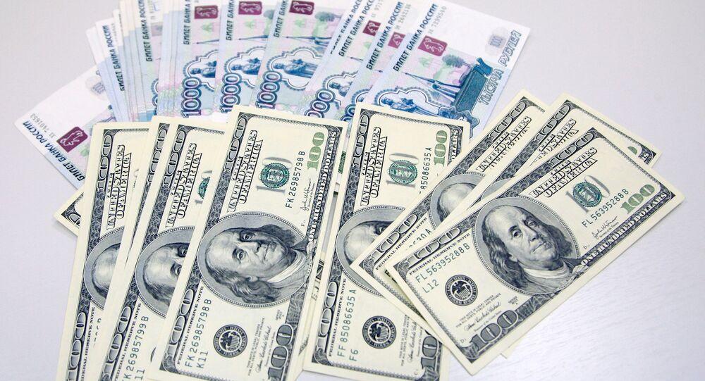 Dollaro americano e Rublo russo