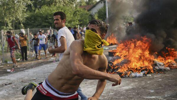 Proteste dei migranti in Ungheria - Sputnik Italia